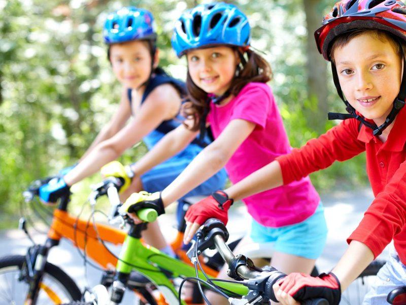 5 ejercicios divertidos para niños obesos